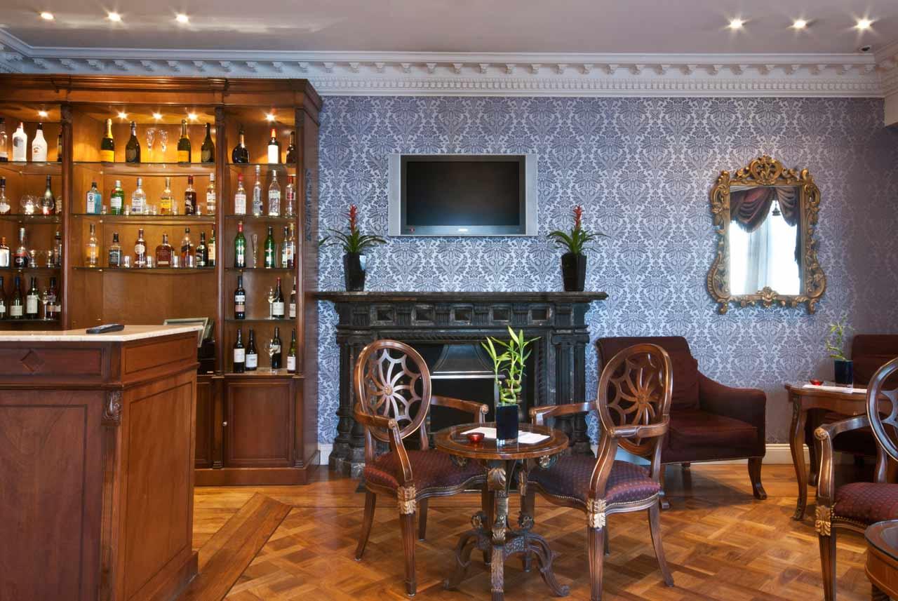 Ashburn Hotel Earls Court London 1
