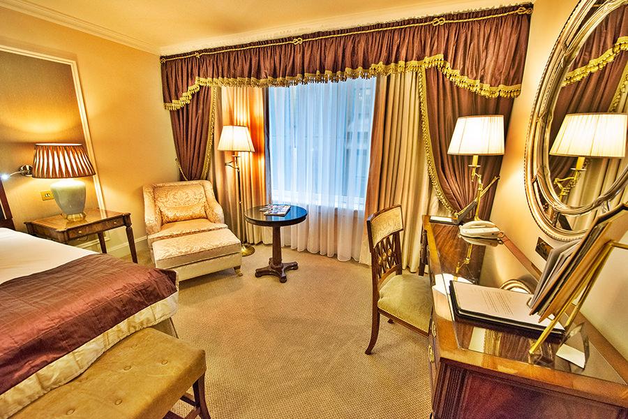 Shelbourne Hotel Dublin Ireland 1