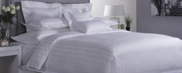 Acacia Bed Set