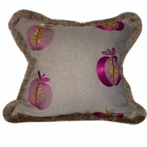 apple-cushion