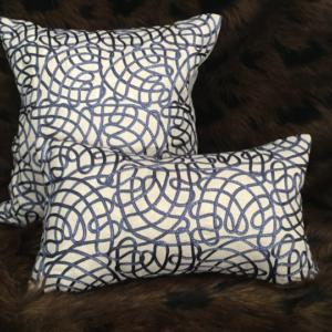 blue-waves-cushion-canvas