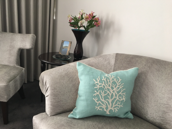 coral-cushion-canvas