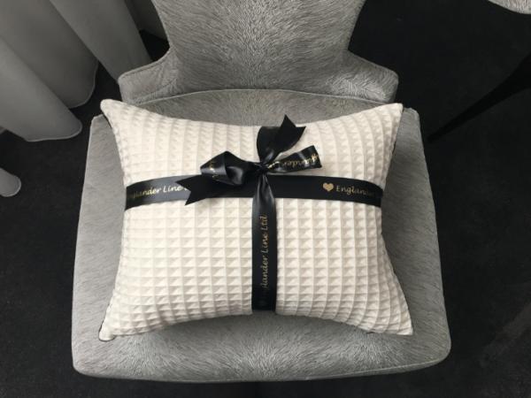 cross-cushion