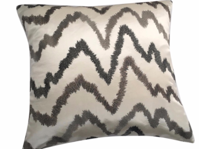 dezz-cushion