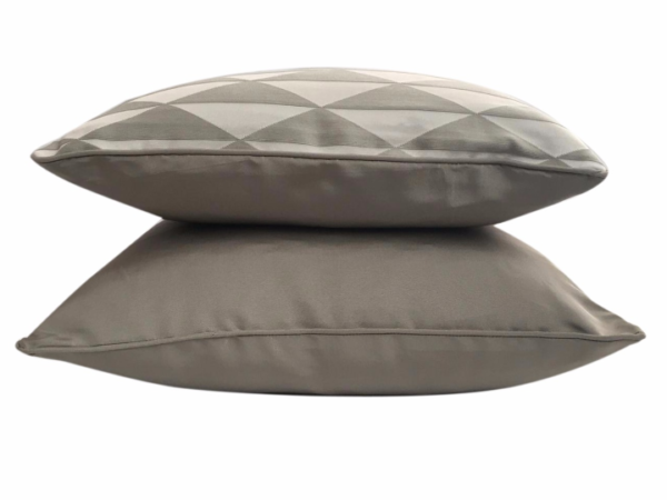 marcus-cushion-canvas