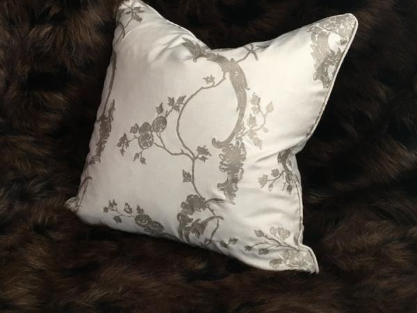 palazzo-cushion