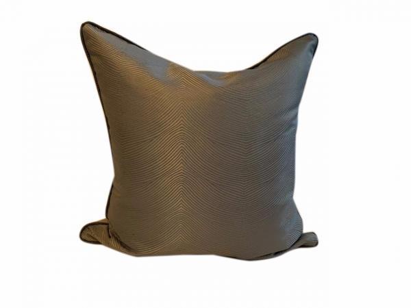 samuel-cushion