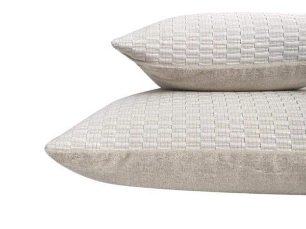sergio-cushion-details