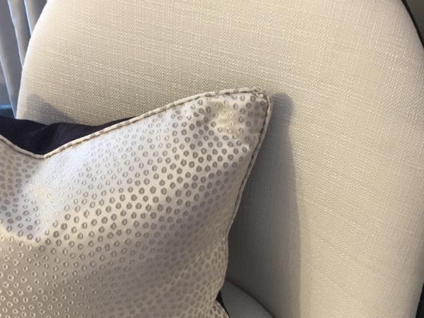 velvet-dot-cushion-detail