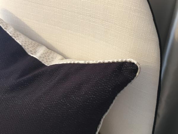 velvet-dot-cushion-details