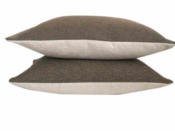 venice-texture-cushion-canvas