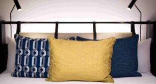 Arrange cushion