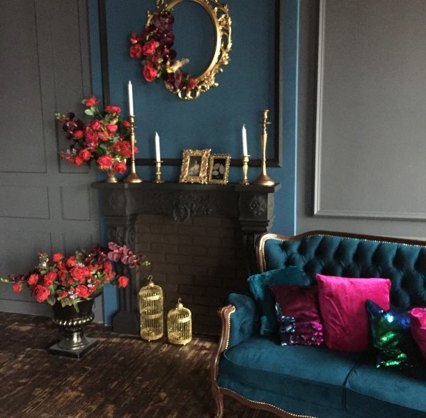 classic-luxury-living-room_t20_pRzk8d