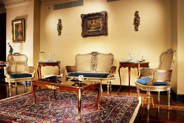 cosy vintage living room
