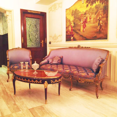 French vintage living room style
