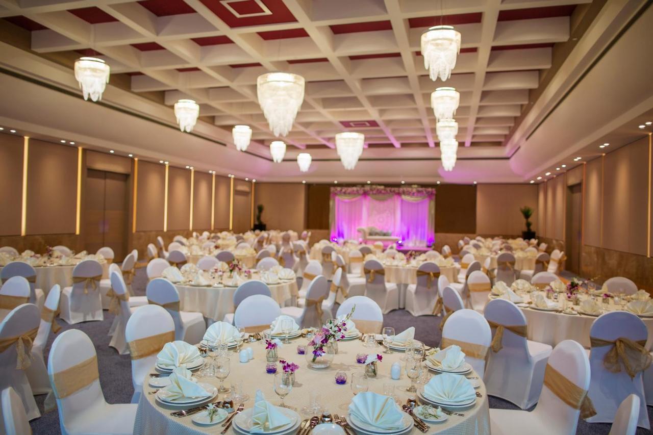 Modern Wedding Room
